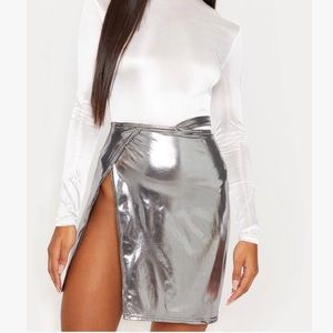 Pretty little thing metallic skirt